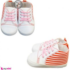 کفش نوزاد سفید و قرمز راه راه Baby shoes