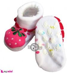 پاپوش عروسکی استُپ دار سفید توت فرنگی Baby cute socks