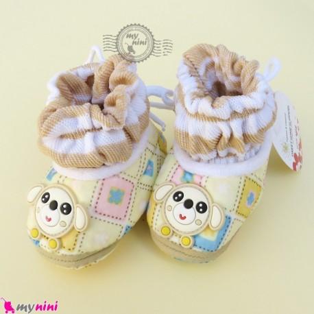 پاپوش مخملی نوزاد و کودک وارداتی کرمی نسکافه ای چهارخانه موشی Baby footwear